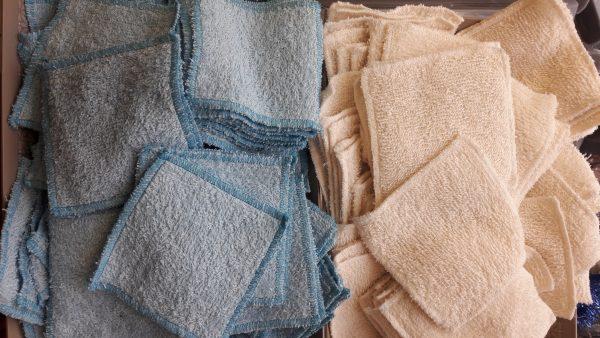 Lingettes démaquillantes en coton bio lavables en machine