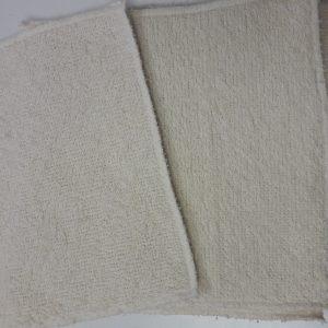 Lingettes bébé en coton bio, lavables en machine, fabriquées artisanalement.